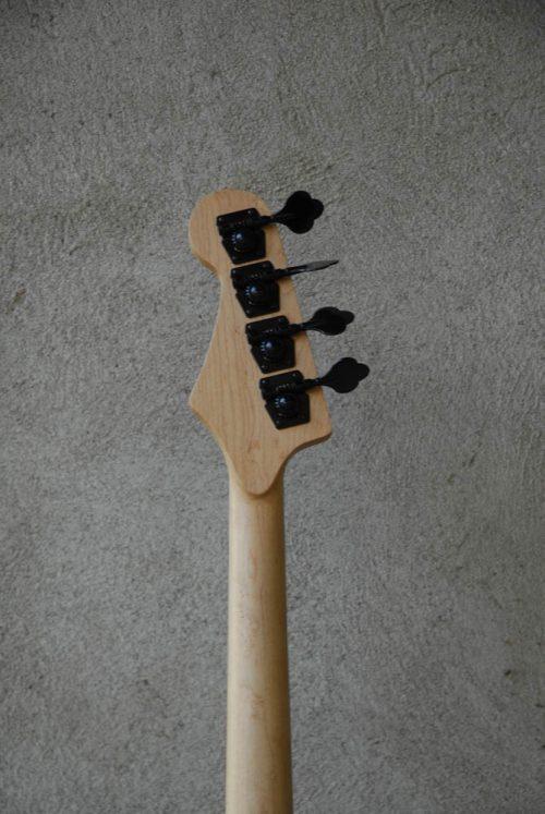 legno-e-corde-liuteria-como-basso-artigianale-nocino-12