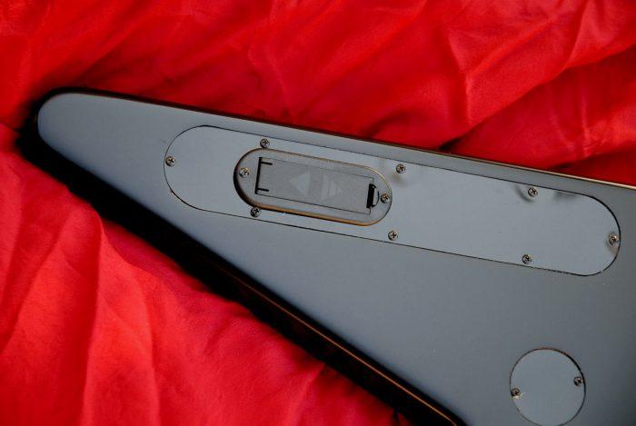 Legnoecorde FlyingV battery case